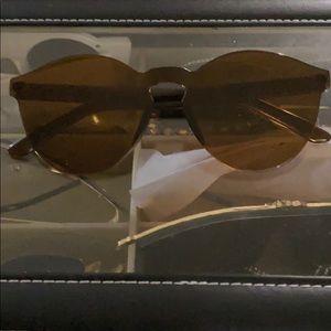 Brown sunglasses 🕶